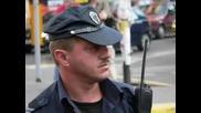 Police in Bulgaria - policai kuchek + tekst