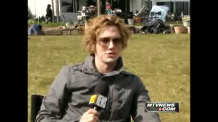 Jackson Rathbone talks about his hair :d
