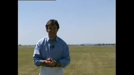Репортер се разминава на косъм