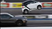 Най - бързият Smart срещу Ford Mustang
