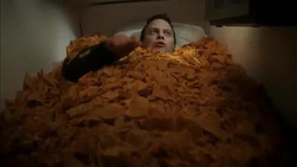 Поредната луда реклама на Doritos