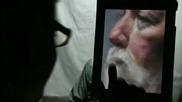 David Kassan нарисува портрет на жив модел в/у Ipad на Apple