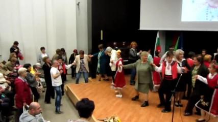 Право хоро.клуб за народни танци Перун Варна. Концерт община Варна