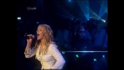 на живо :) Britney Spears - I`m not a girl, yet a woman