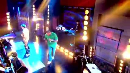Eminem - Not Afraid { Live from Jonathan Ross }