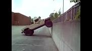 Humvee катери отвесна стена