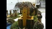 Къща, Направена От Естествени Материали