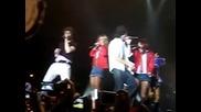 Rbd canta Rebelde & fiinal 21.12.08 Madriid!