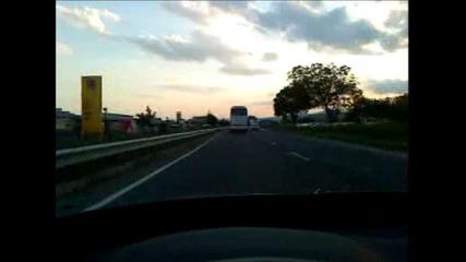 Хасковски Автобус и Камион се гонят с 140км/ч в Стара Загора