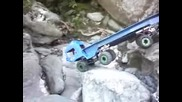 Truck Trial and Rock Crawling in Little Lake Varazze