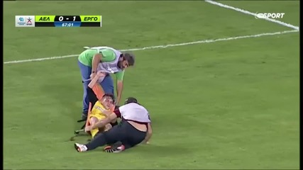 Лекари контузиха футболист и тимът му загуби с 1:2!
