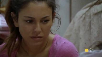 Валерия помага на Айноа да избере между Макс и Улисес//корабът последен епизод