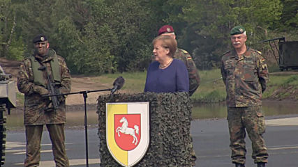 Germany: Merkel attends NATO rapid reaction force drills in Munster
