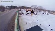 Руснаци скачат в дупка с ледена вода