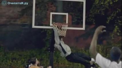 дядка супер баскетболист-prank
