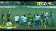 Най - Смешните моменти от футбола за 2009 - та година!!! (1/2)