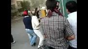 Дисидентите, установяват бунт Срещу Басидж в Техеран