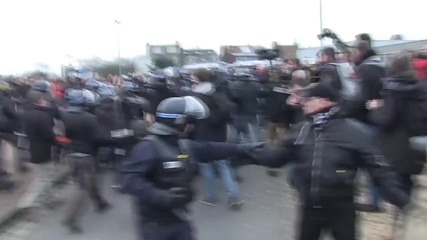 France: General Piquemal arrested at PEGIDA rally in Calais