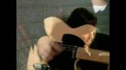 Richie Sambora - Hard Times Come Easy (превод)
