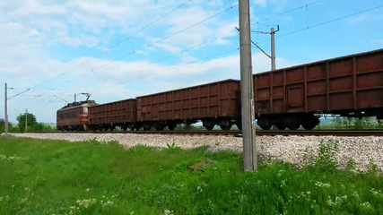 Товарен влак