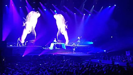Armin Only Embrace 2016 Armin van Buuren feat. Angel Taylor - Make It Right