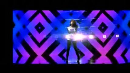 Selena Gomez - Falling Down (високо качество)