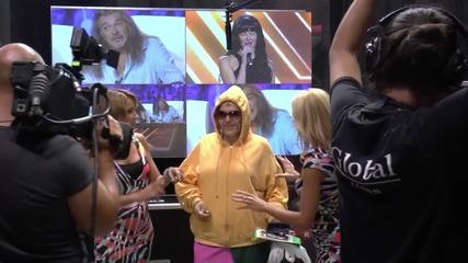X Factor зад кулисите: Какво има в чантата на Илияна-Кристин-Криско