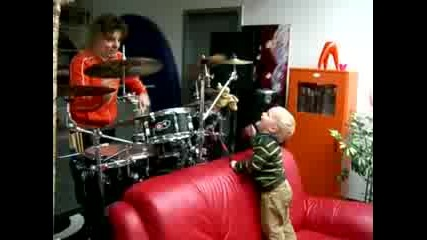 :D Carl Drumming