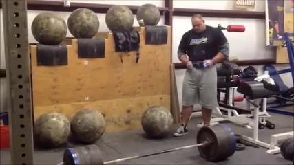 Най - Силният Мъж На Света Браян Шау !!! Тяга с 448 кг