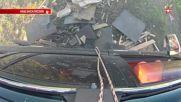 Гранатомет обстрелва колата на журналисти от « Звезды » : Eксплoзивни кадри