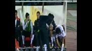 Голям скандал във Валенсия след загуба - Треньорът посяга на футболиста си