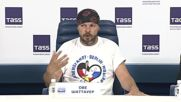 Russia: Peace Ride rally organisers speak to press upon crossing Moscow finishing line