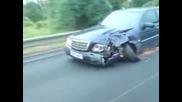 Да караш катастрофирал автомобил *смях*
