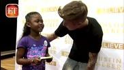 Той е толкова мил и отзивчив към децата! Justin Bieber Grants 8-year-olds Wish, Breaks Record.