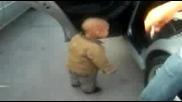 Бебето Изкърти Дансинга - Голям Смях