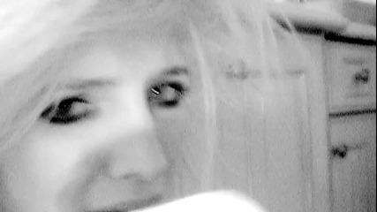 Премиера: Ashlee Simpson - Bat for a Heart ( Официално Видео )