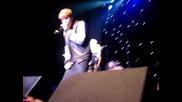 Джъстин Бийбър пее Baby заедно с Jaden Smith на рождения ден на Скутър Браун