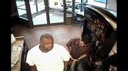 Ник Джонас и Биг Роб в магазин (ник проверява кръвната си захар)