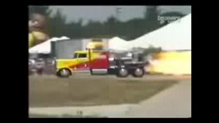 Най - Чудовищните Камиони На Света Vbox7