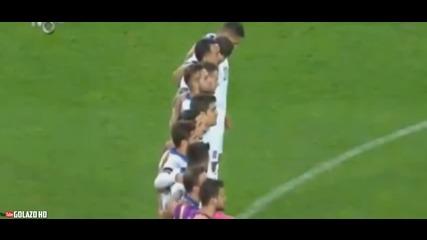 Турците освиркаха едноминутното мълчание на мача Турция-гърция.