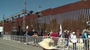 USA: Hundreds protest detention and deportation at Mexican-US border