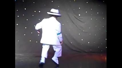 Малкия ще ви разбие!!! Няма такъв танц!!!