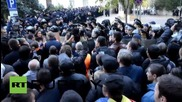 Moldova: Tensions high as anti-govt. protesters and police face off in Chisinau
