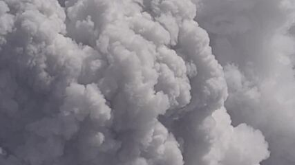 Italy: Smoke and ash fill air in Mount Etna's latest eruption