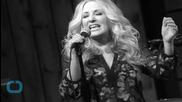 Lee Ann Womack Performs With the Fairfield Four