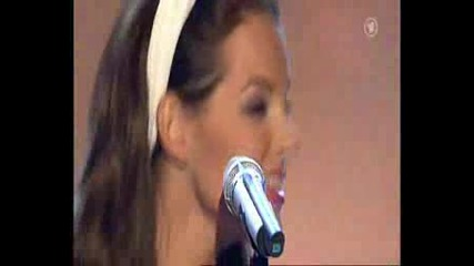 Yvonne Catterfeld - Volare