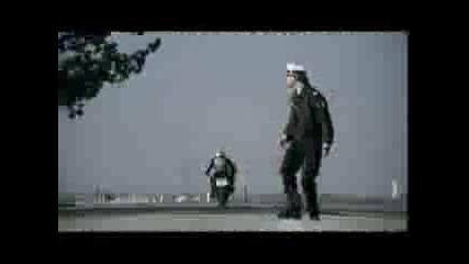 Дай Лапа - Реклама Kawasaki