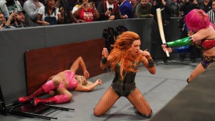 Becky Lynch, Charlotte Flair and Asuka trade punishing blows in thrilling TLC Match: WWE TLC 2018 (WWE Network Exclusive