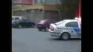 Полицията идва много бързо. Смях!