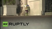 USA: New Yorkers lay flowers outside French Consulate in memory of Paris attack victims